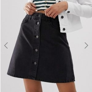 Noisy May Black Button Front Denim Skirt Small